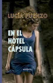EN EL HOTEL CAPSULA